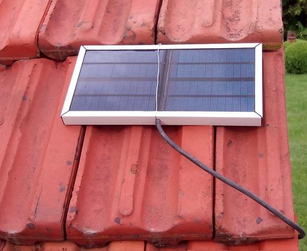 Poulailler Automatique Economique - Porte poulailler solaire